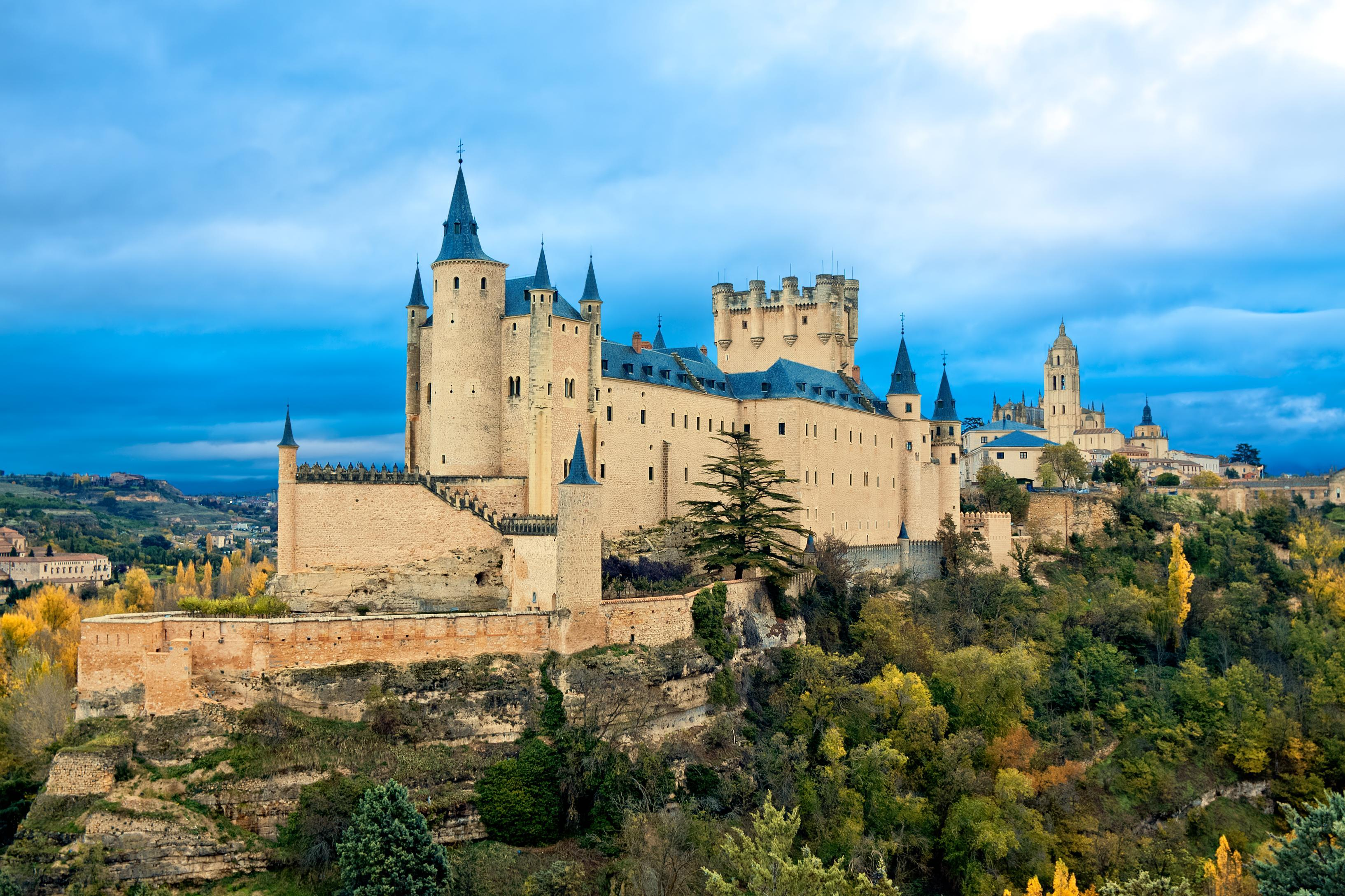 Private day trips from Madrid Segovia Toledo