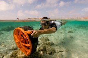 bladefish-bf-3000-propulsor-de-mergulho-aquatico-13809-mlb3452916268_112012-f
